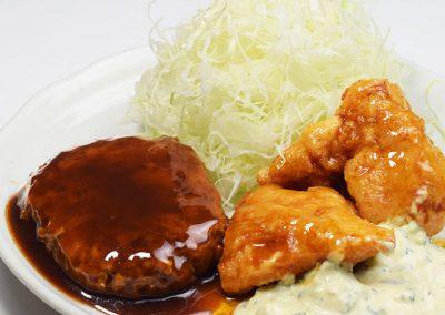 チキン南蛮とデミバーグ定食