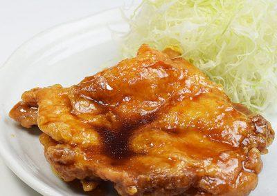 鶏モモ肉だれ揚げ大判定食